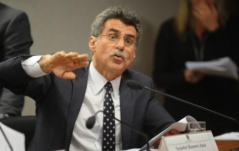 Romero-juca-discutindo-regulamentacao-nova-lei-domesticas