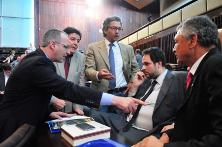 Deputados do RS durante sessão plenária (foto: Marcos Eifler/Agência ALRS)
