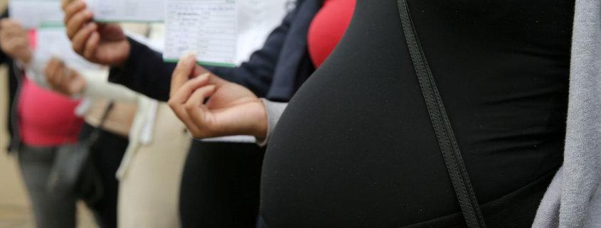 A empregada doméstica gestante que foi imunizada já pode voltar ao trabalho presencial